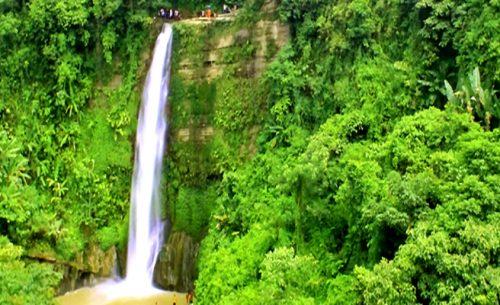 Madhabkunda waterfall in Moulovi Bazar